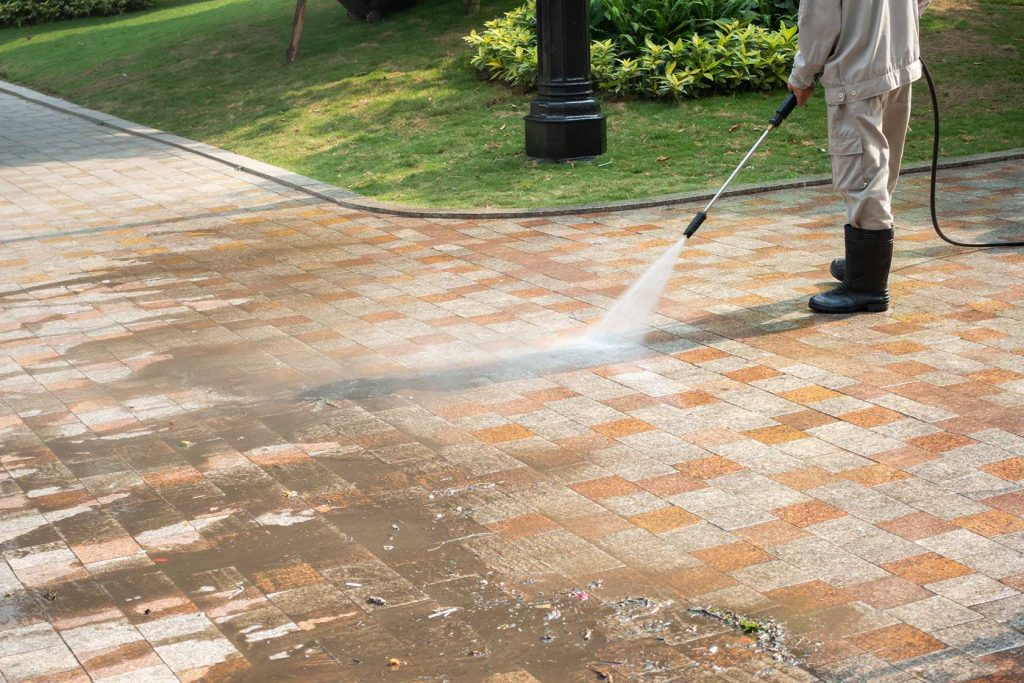 Power Washing Services to Clean a House – What are the Benefits?